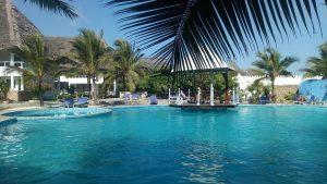 piscina-principale-zona.jpg
